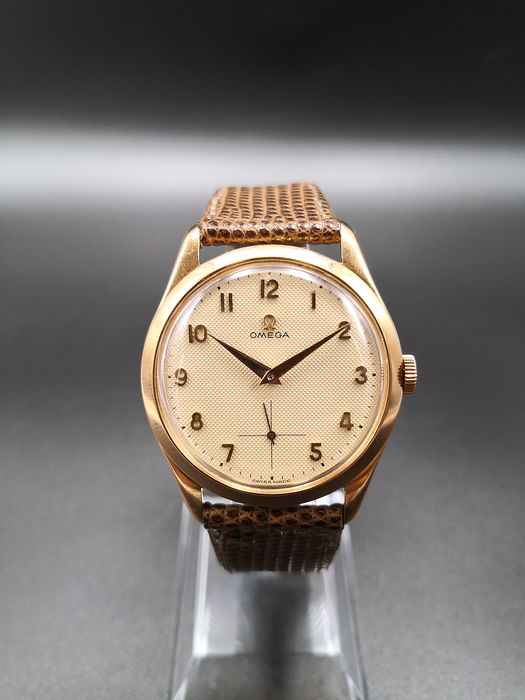 "Omega - Gold 18k. ""Honeycomb"" Dial - ""NO RESERVE PRICE"" - Uomo - 1950-1959"