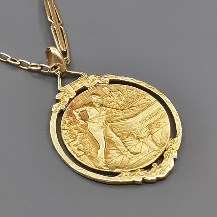 18 kt yellow gold - Necklace with pendant