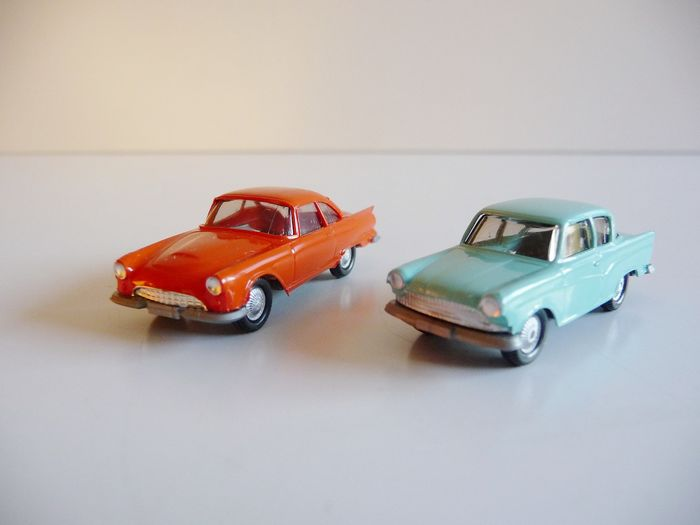 Wiking 1:87 - Model cars - 3 sets with many classic cars