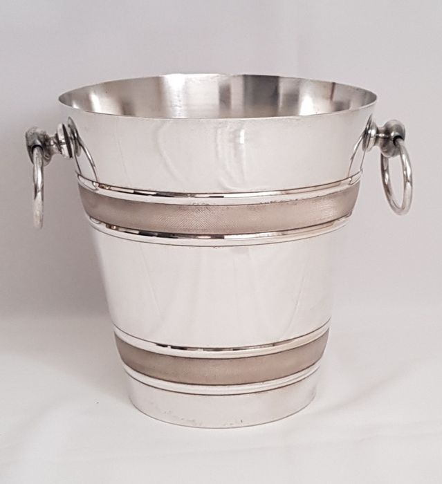 Beautiful, Classic Silver-Plated Champagne Bucket with Two Rings as Handles (1) - Silver-Plated - France - Second Half of the 20th Century.