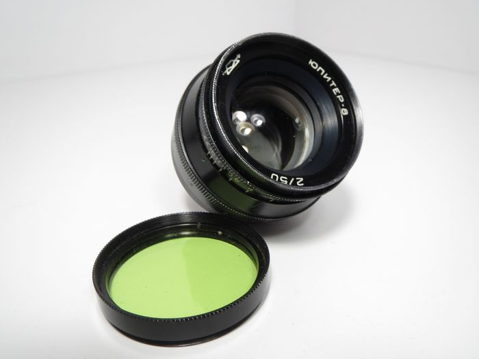 KMZ Jupiter-8 Black M39 F2 / 50MM + light filter