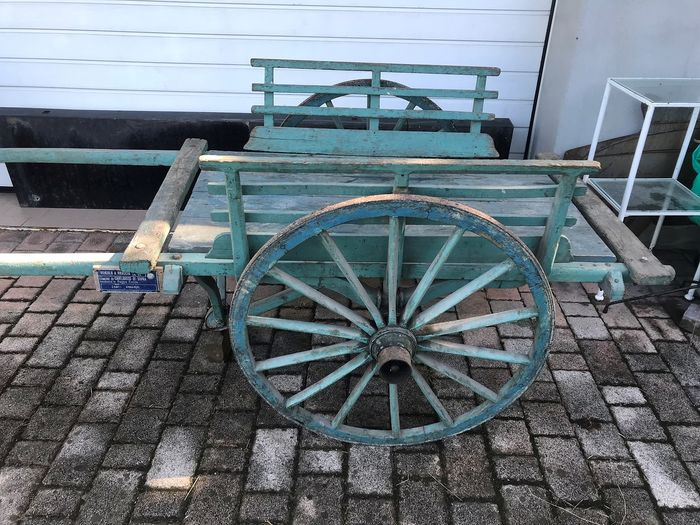 Wooden wagon for manual use. - Wood