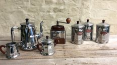 PEUGOT FRÈRES and MENESA - a nice coffee grinder and a lot of kitchenware (7) - bakelite and cuivres chrome (7)