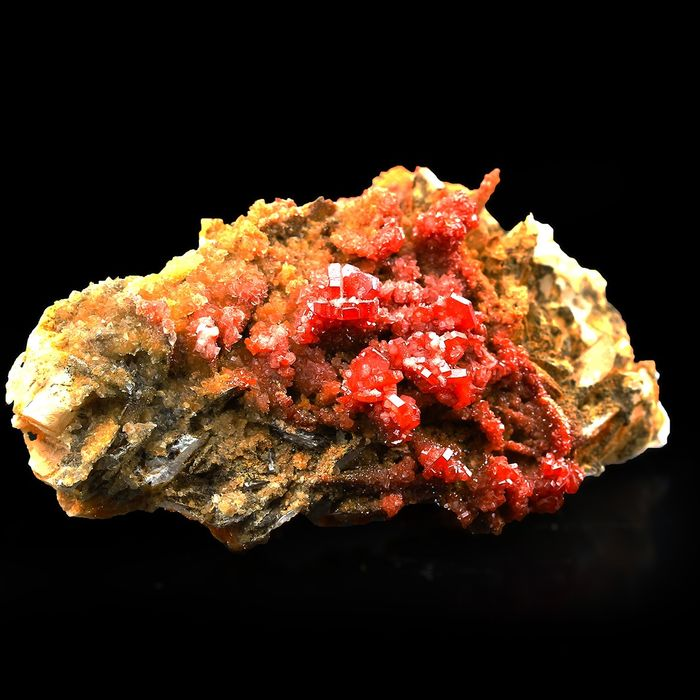 High Quality! Red Blood! Vanadinite on Baryte Crystal on matrix - 7.5×4×2 cm - 86 g