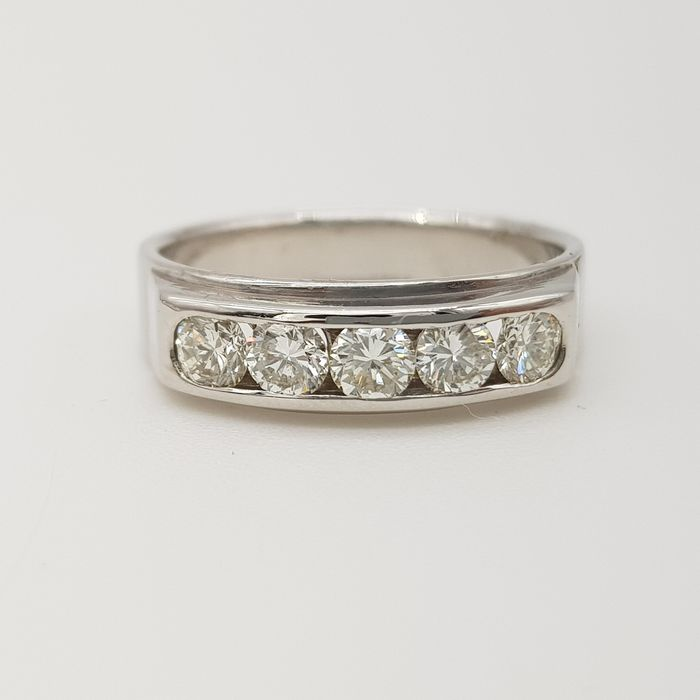 HRD Certificate - no reserve price - 18 kt Weißgold - Ring - 0.70 ct Diamant