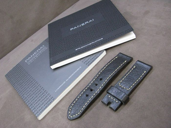Panerai - Submersible booklet  COSC paper & new booklet & ZEUGMA brand Panerai special strap - Unisexe - 2011-aujourd'hui