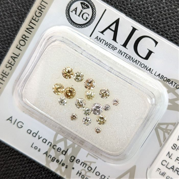 17 pcs Diamants - 0.78 ct - Brillant - Fancy Mix Color - I1, SI1, SI2, SI3, VS1, VS2, No Reserve Price