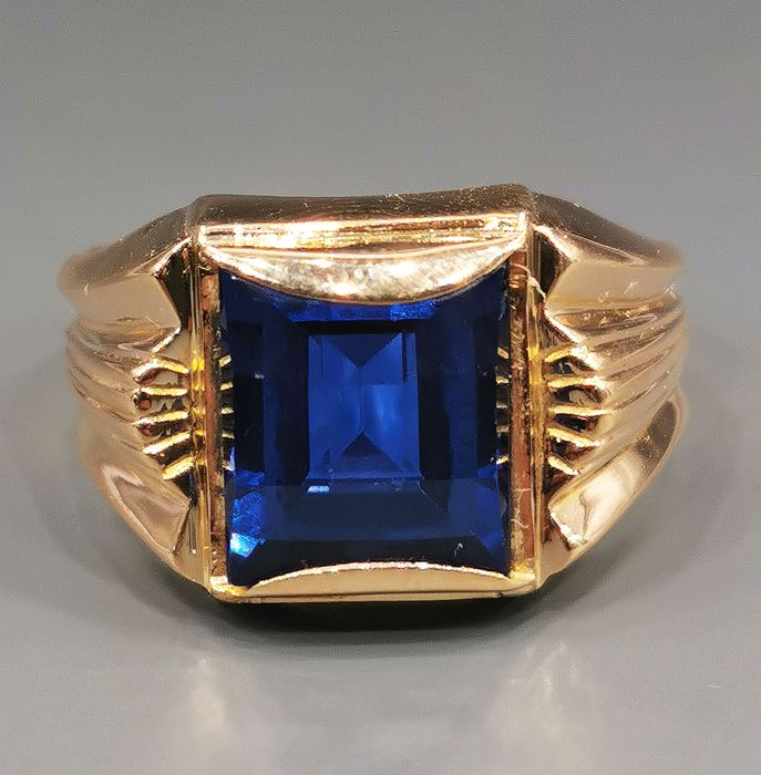 18 kt. Yellow gold - Ring Synthetic sapphire