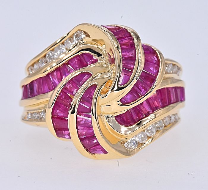 Or jaune - Bague - 1.83 ct Rubis - Diamants