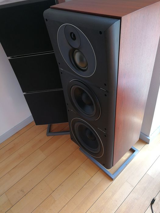 B&O - MS 150.  most sought after speakers in rosewood, refurbished by B&O mechanic and carpenter. - Luidsprekerset met originele vloerstandaards