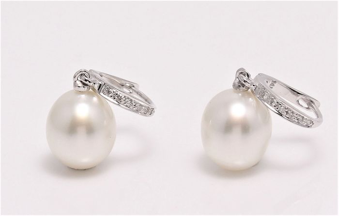 no reserve - 14 kt. White Gold - 9x10mm South Sea Pearl Drops - Earrings - 0.09 ct