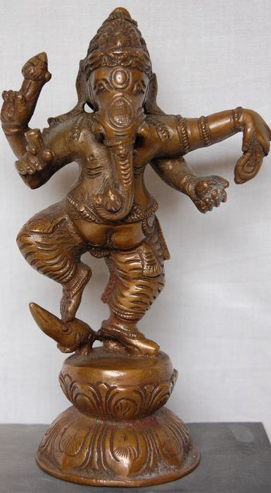 Large Ganesha with mongoose (1) - Bronze - India - late 19th / early 20th century