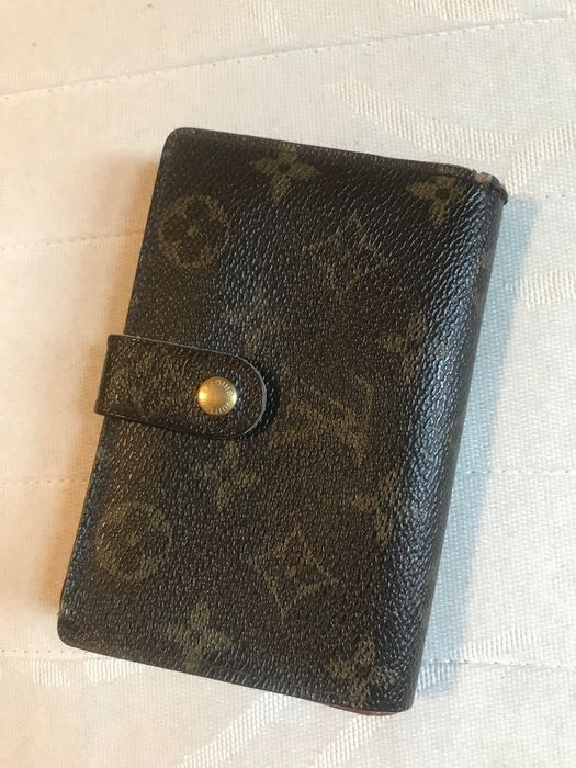 Louis Vuitton -  Louis Vuitton Monogram French Kiss Lock Medium Wallet Wallet