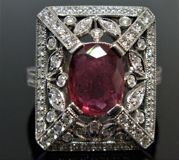 No Reserve Price  - 18 carats Or blanc - Bague - 3.10 ct Rubis - Diamants 1,52 ct
