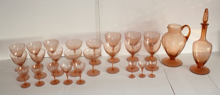 Antique Service in Blown and Colored Glass Period Early 1900s (26) - Colored Blown Glass