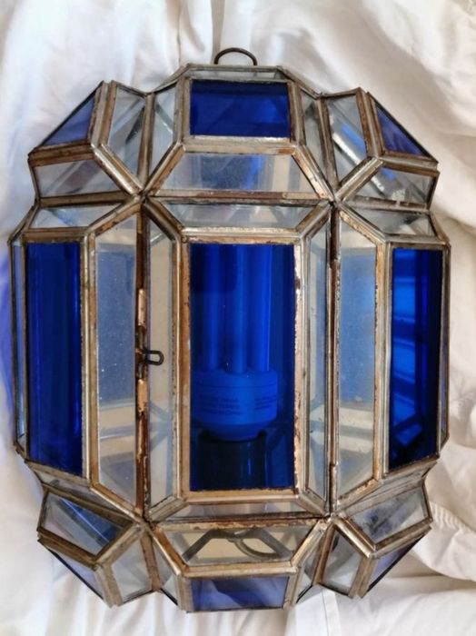 Transparent and blue lead crystal light wall light