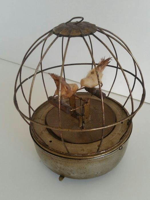 A vintage Brass Birdcage with Music box and Birds - Buyer