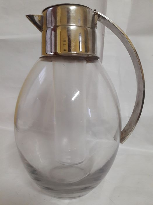 Carafe with ice door lt 2 - In glass and silver plate -
