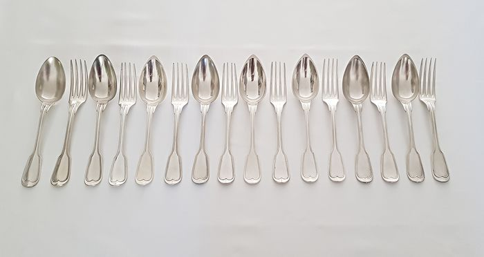 Christofle - 8 antique dinner settings - model Chinon - Silver plated