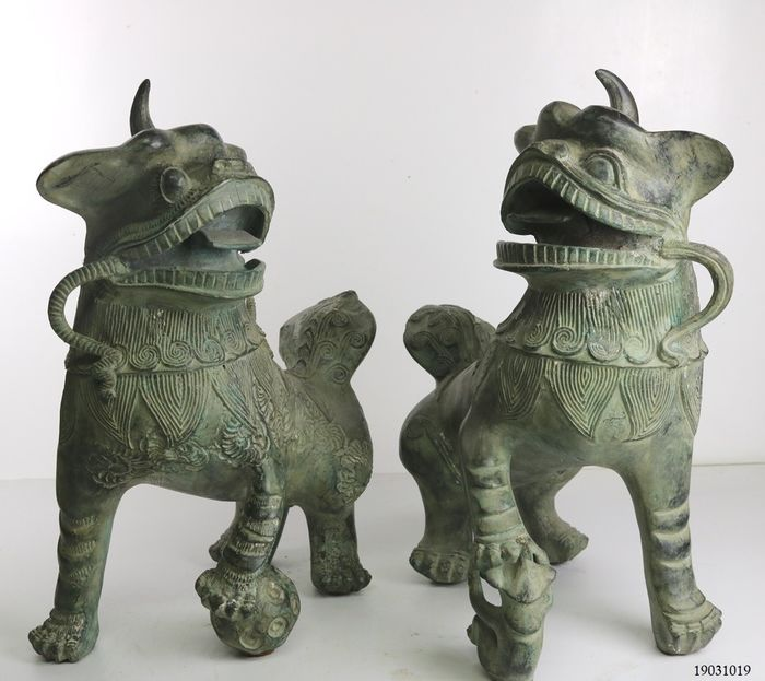 Set of large Foo Dogs - Bronze - Thailand - Second half 20th century
