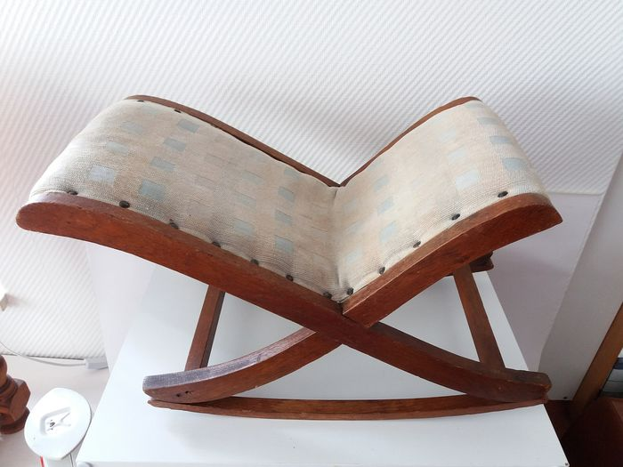 Classic Vintage swing footstool - Wood, dust and copper