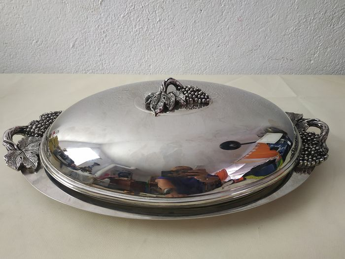 Tray, serving plate with lid - metal, silver-plated