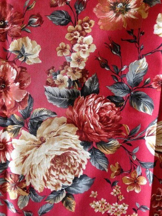 m 2.8 sanderson-style coral red floral fabric - cotton blend - Second half 20th century