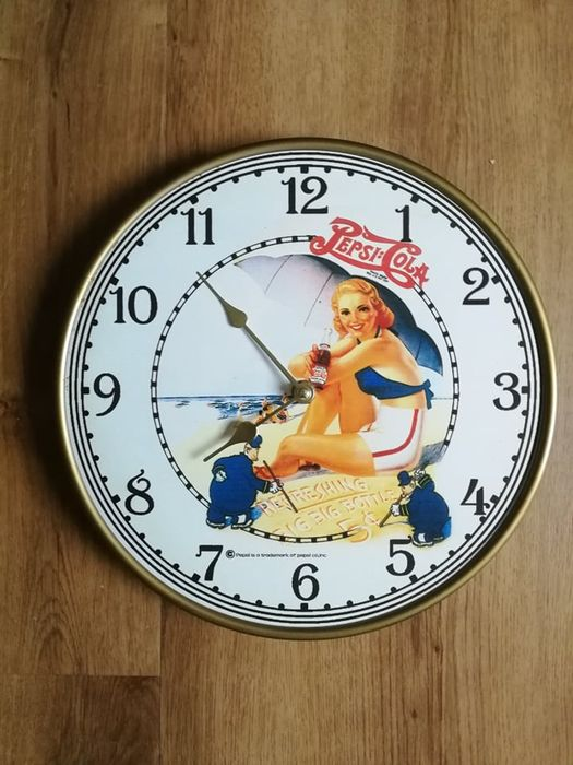 Pepsi cola - Clock - Plastic / Metal