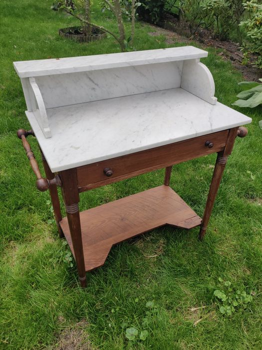 A pine wash table with marble top and curb. - Marble, Wood