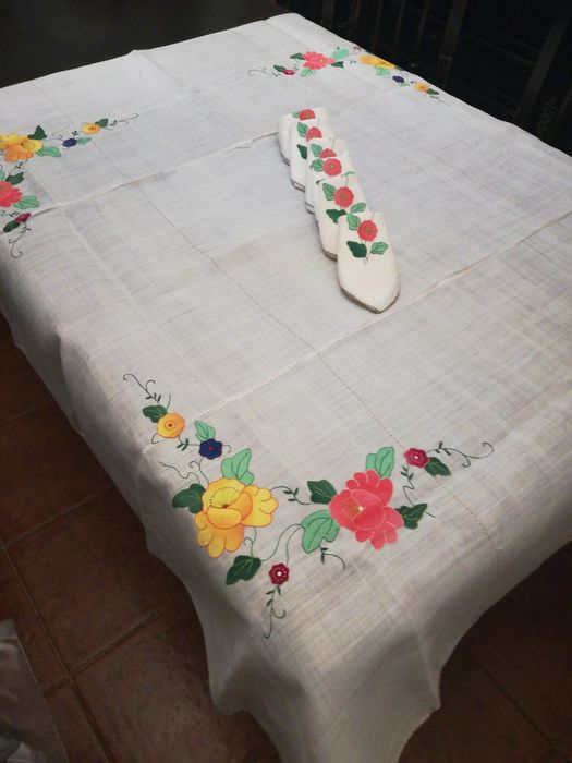 tablecloth with applications (7) - organza - Late 20th century