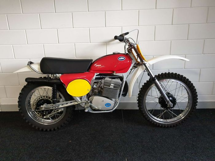 KTM - Cross - 250 cc - 1974