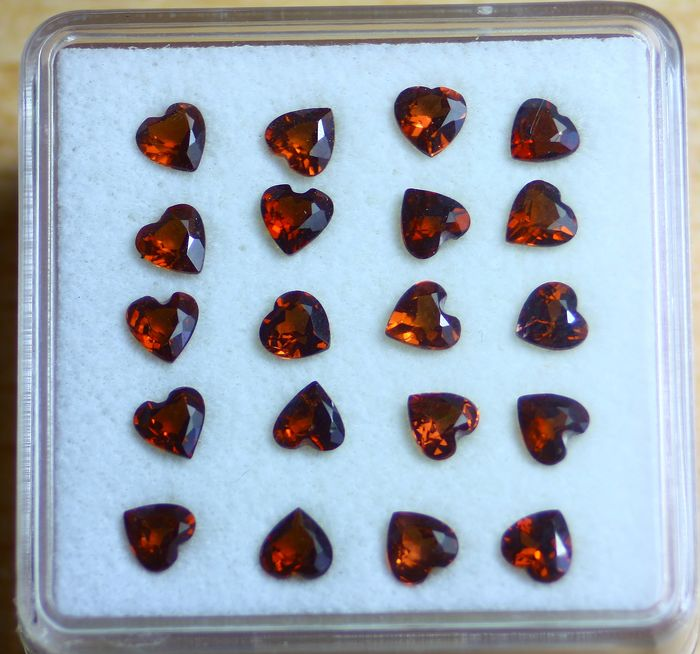 20 pcs Red Garnet, Rhodolite - 6.00 ct