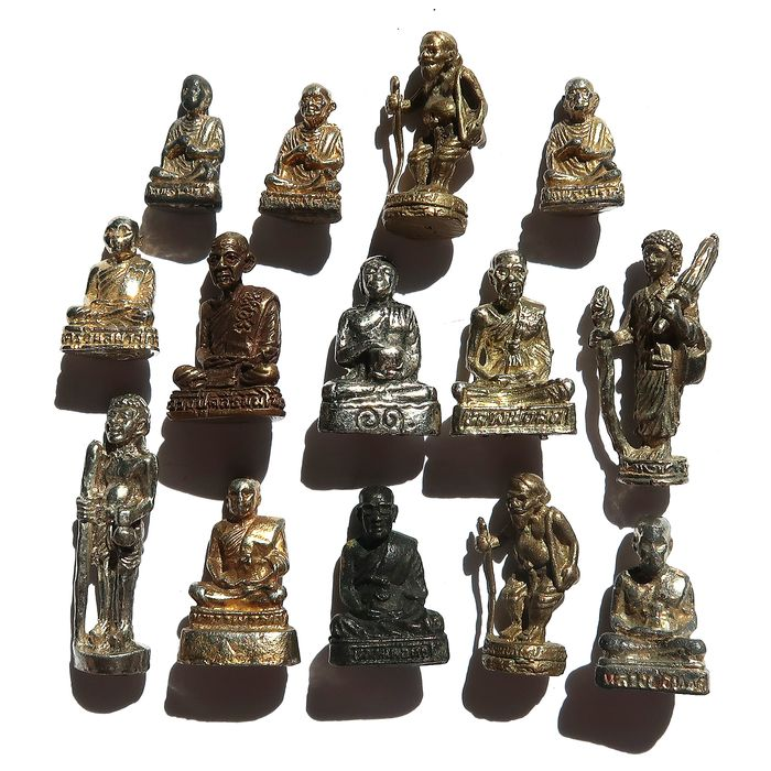 Collection of figurines - set of 14 statuettes of venerable monks (14) - Brass - Thailand - Late twentieth