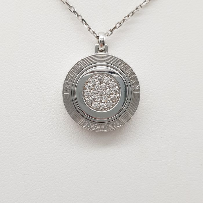 DAMIANI - HRD Certificate - no reserve price - 18 kt. White gold - Necklace with pendant - 0.15 ct Diamond