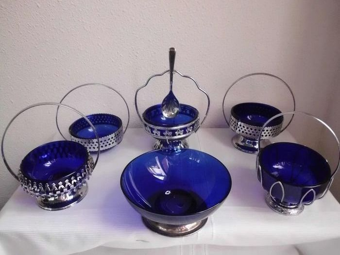 Serving trays (6) - blue glass and chromed metal