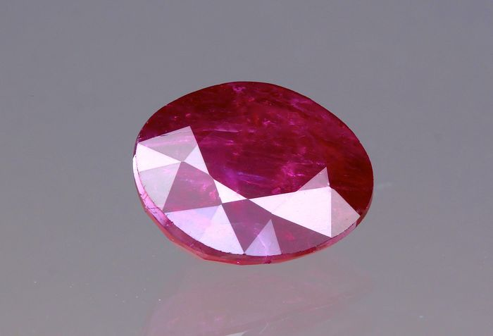 Ruby - 1.65 ct