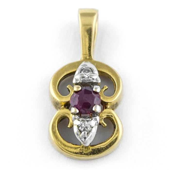 Antique - *Low Reserve Price* - 18 kt. Yellow gold - Pendant Ruby - Diamond