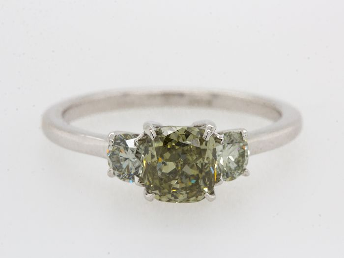 14 carats Or blanc - Bague - 1.47 ct Diamant - Fancy Deep Green - VS2 - Pas de prix de réserve