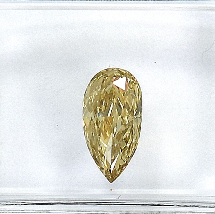Diamant - 0.73 ct - Birne - Natural Fancy Brownish Yellow - Si1 - NO RESERVE PRICE