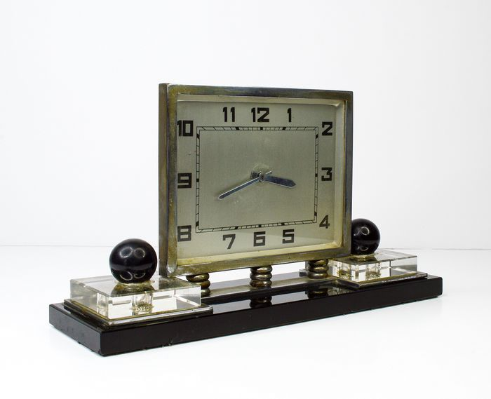 Tabletop clock - Glass (stained glass), Steel - Second half 20th century