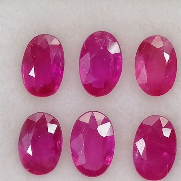 6 pcs  Rubis - 3.25 ct