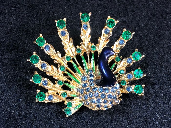 Gold-plated - Sphinx Peacock large gem set brooch