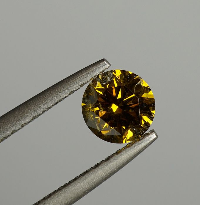 1 pcs Diamant - 0.51 ct - Brillant rond - fancy deep brownish yellow - SI2- No Reserve