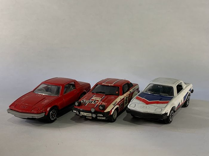 Dinky Toys & Grand Prix Models - 1:43 - 2x Triumph TR7 & 1x TR7 V8 - Made in England