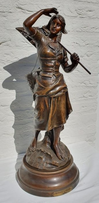 "Sylvain Kinsburger (1855-1935) - Sculpture, Large sculpture ""RETURN DE PECHE"" - 58 cm - Spelter - Early 20th century"