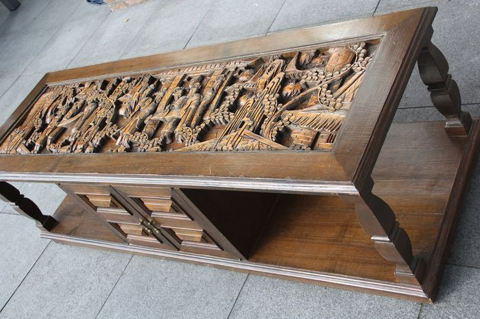 Table (1) - Wood - China - First half 20th century