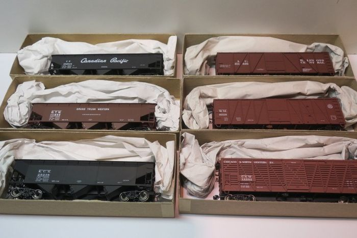 Accurail H0 - Goederenwagon - 6x gebouwde Kits - Canadian Pacific, a.o.