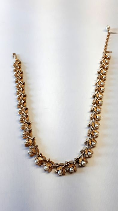 Trifari Frosted gold alloy - Necklace