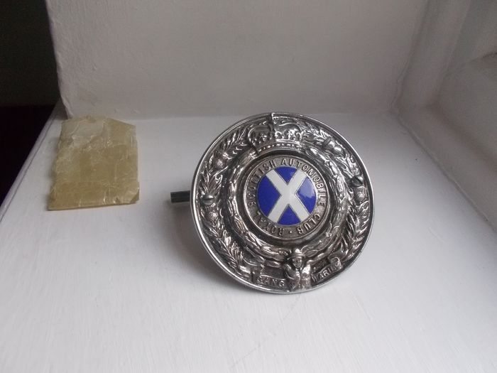 Badge - Vintage Royal Scottish Automobile Club   car grille badge with original fixings stunning - 1940-1953