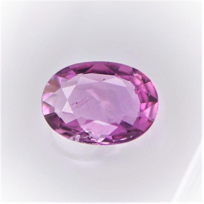 Zafiro rosa purpurino - 0.66 ct